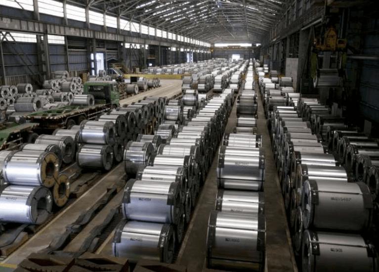 Grave desequilibrio en oferta y demanda en industria de metales en China