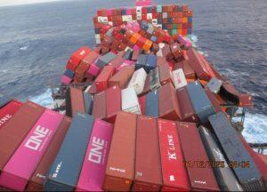 ONE Apus: Contenedores dañados superarían los 1.900 y 40 serían mercancía peligrosa