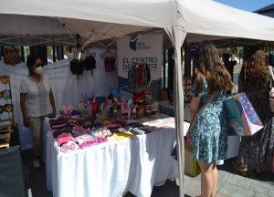 La feria Expo Mujer, contó con once emprendedoras, a través de trabajos en madera, telas, confites envasados, entre otras.