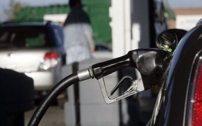 Venezuela: Instalación de 6 mini refinerías podría satisfacer demanda de combustible
