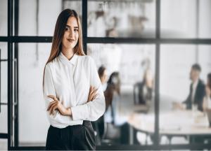 Un 26% de los cargos de dirección general y CEOs son desempeñados por mujeres.