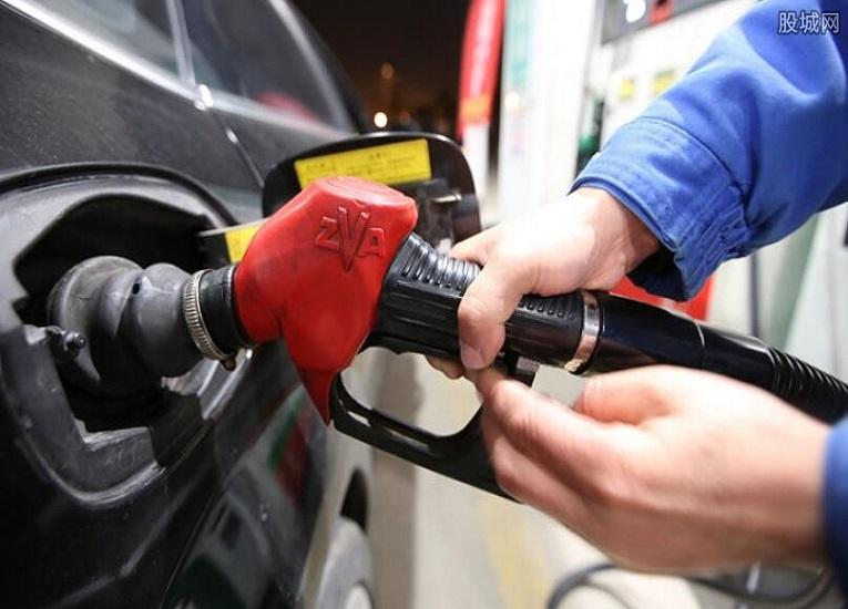 Venezuela: 85% de la maquinaria está detenida por crisis del combustible