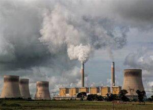 La AIE alertó aque es imperioso que no se construyan nuevas centrales eléctricas de carbón.
