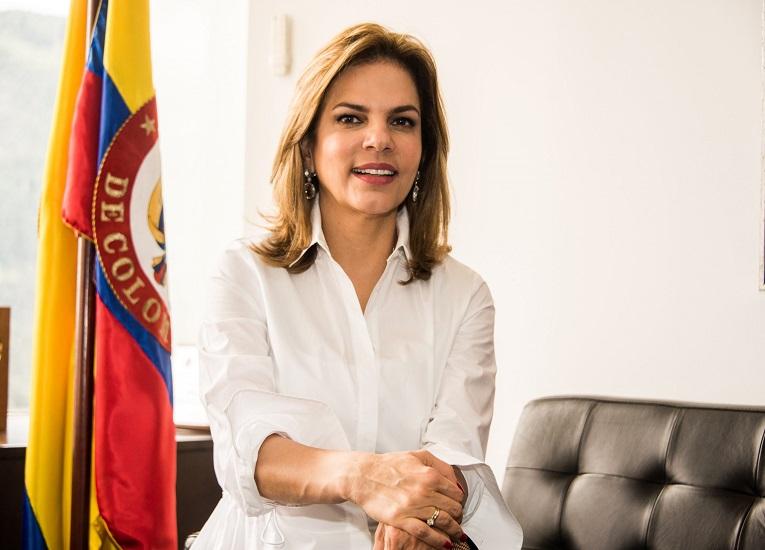 Webinar Datasur: Flavia Santoro de ProColombia y los atractivos para invertir en dicho país