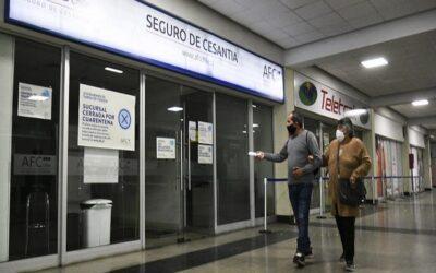 Desempleo en Chile muestra signos de recuperación durante abril
