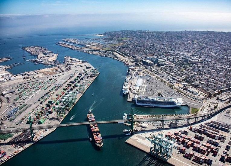 Puerto de Los Ángeles impulsa uso de camiones propulsados con hidrógeno