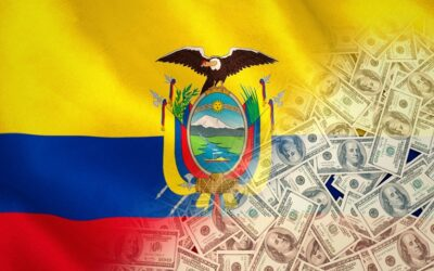Ecuador espera recuperar su economía en 18 meses más