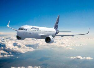 Para 2024, Lufthansa tiene el objetivo de alcanzar un margen de beneficio ajustado antes de intereses e impuestos (EBIT) del 8%.