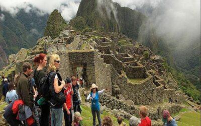 Perú: Optimismo en economistas tras aumento y reactivación del turismo
